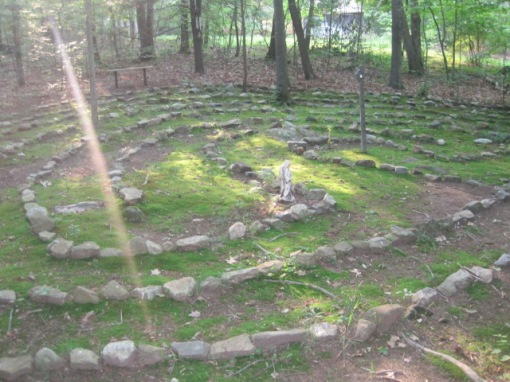 labyrinth-walk-solstice-2012-002