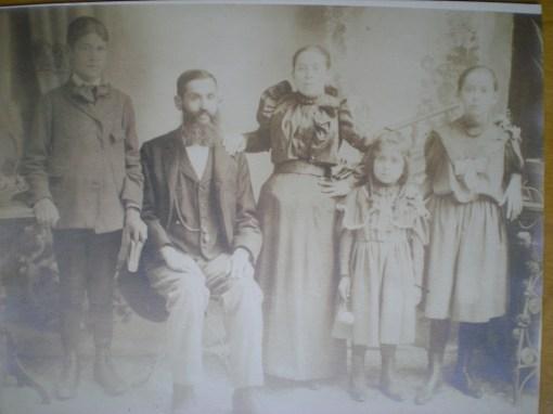 barnett-family-1900ish-005