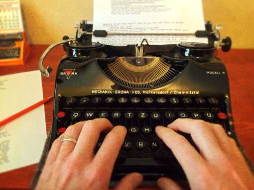 hands-on-typewriter-1-1